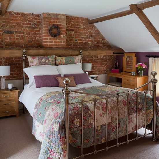 Natural-Brick-and-Wooden-beamed-bedroom-25-Beautiful-Homes-Housetohome