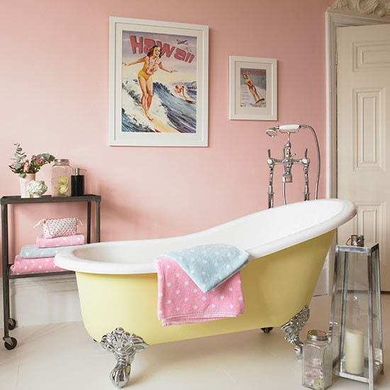 Pastel-pink-and-yellow-bathroom--Country-Homes-and-Interiors--Housetohome.co.uk